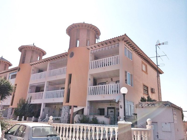 Cheap Apartment for sale Cabo Roig Costa Blanca Spain