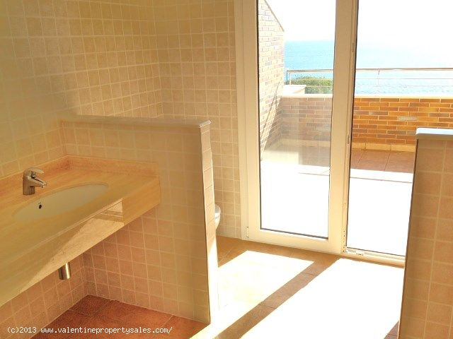 ea_012_aguamarina_townhouse_ensuite_to_bedroom_2_6