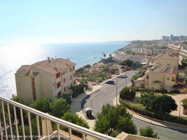 ea_02_2_bedroom_apartment_with_sea_views_132119030