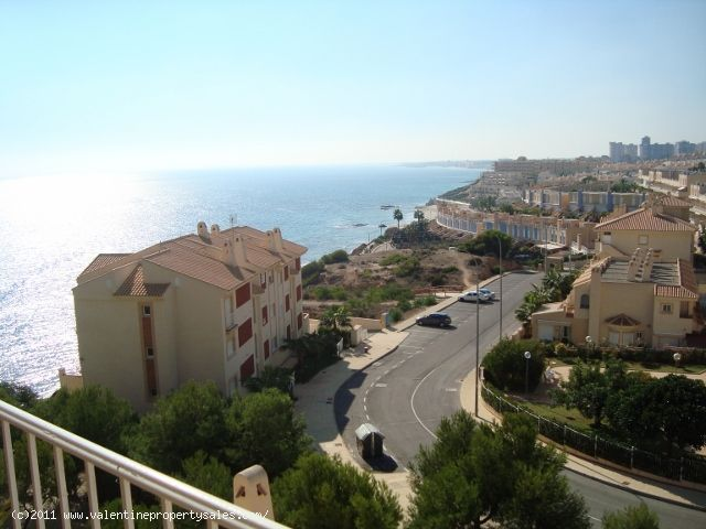 ea_02__penthouse_sea_view_apartment_aguamarina_cam