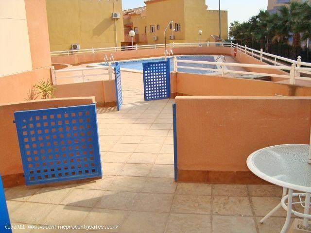 ea_09_vista_mar_2_bed_apt_overlooking_pool_garage_
