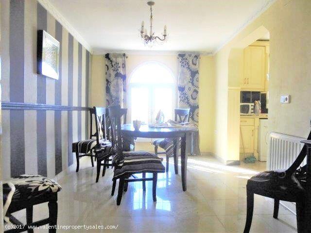 ea_5_bed_detached_villa_for_sale_san_luis_15_14867