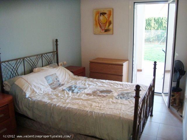 ea_6_la_estrella_2_bed_2_bath_ground_floor_apt_132