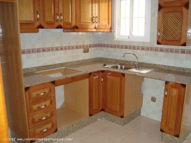 ea_bank_repossession__2bed_apartment_5_640x480_134