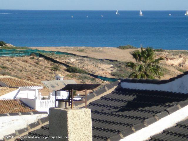 ea_chalet_playa_flamenca_13_13443542683