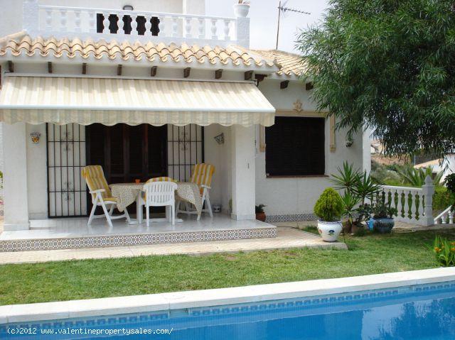 ea_chalet_playa_flamenca_1_13443543711