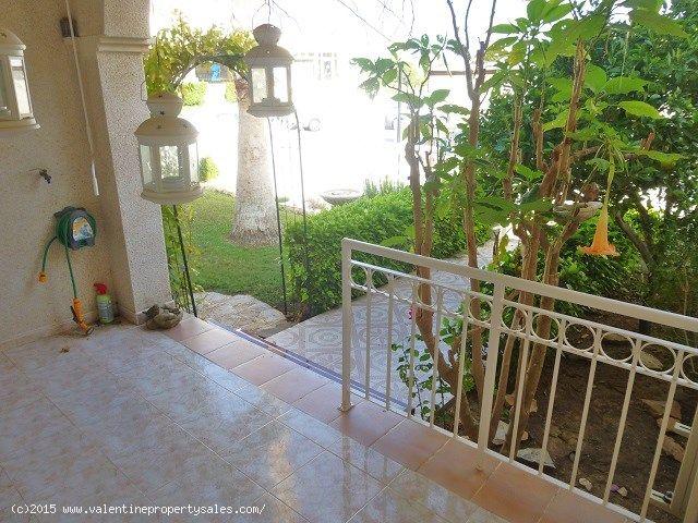 ea_detached_villa_for_sale_playa_flamenca_12jpg_14