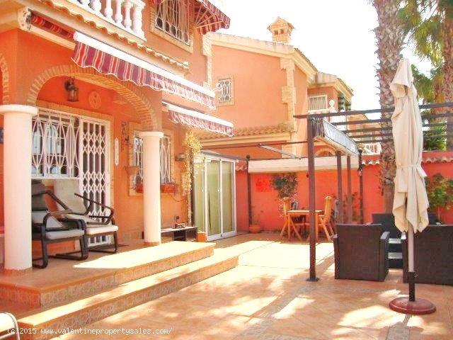 ea_detached_villa_for_sale_playa_flamenca_4_143109