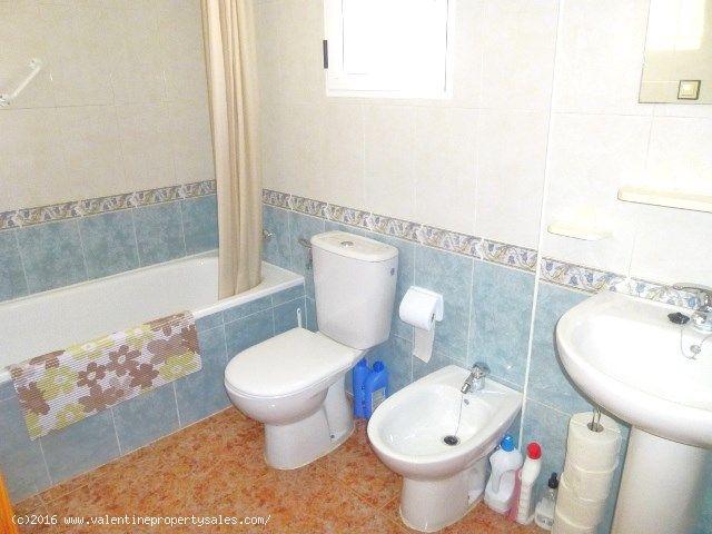 ea_dream_hills_top_floor_apartment_for_sale_8_1455