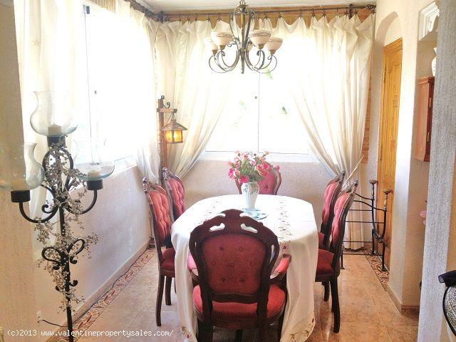 ea_el_galan_villa_penny_12jpg_136845935517