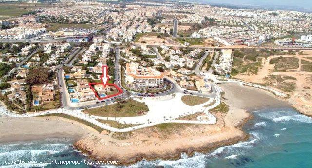 ea_frontline_villa_for_sale_playa_flamenca_5_14595