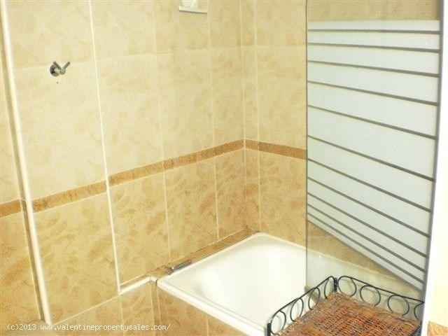 ea_la_cincuelica_top_floor_apartment_hits_13jpg_13