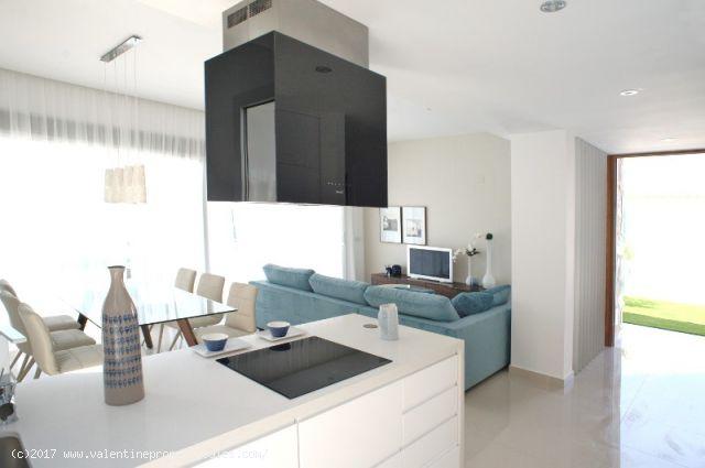 ea_la_siesta_sun_villa_lounge_2_150963783810