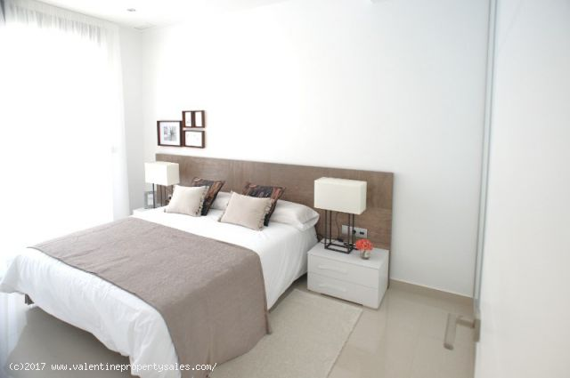 ea_la_siesta_sun_villa_t_bedrooms_3_15096377137