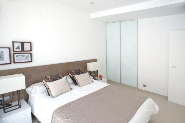 ea_la_siesta_sun_villa_t_bedrooms_4_15096377136