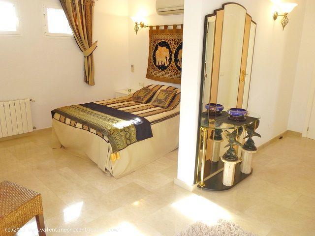 ea_las_ramblas_golf_villa_for_sale_16jpg_145131708