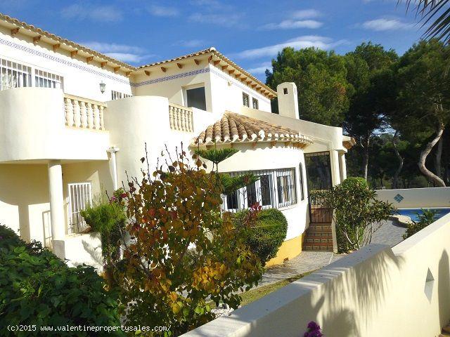 ea_las_ramblas_golf_villa_for_sale_6jpg_1451317301