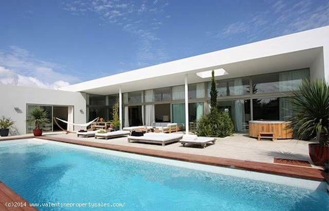 ea_modern_villa_designs_2_14188078378