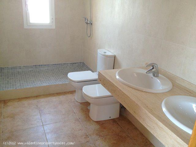 ea_newbuilddetachedvillacampoamor_9jpg_13500369121