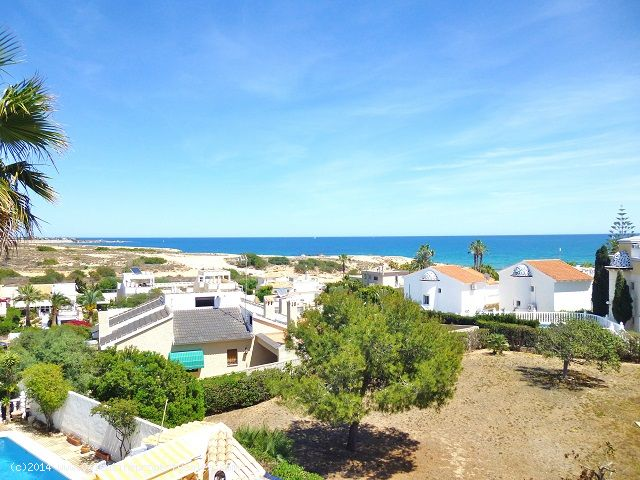 ea_playa_flamenca_beachside_villa_10jpg_1399571252