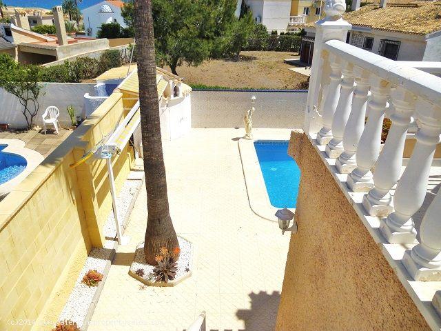 ea_playa_flamenca_beachside_villa_12jpg_1399571252