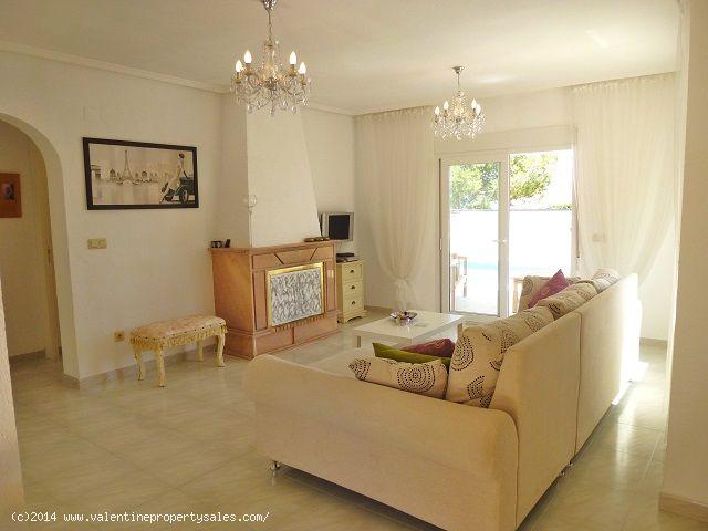 ea_playa_flamenca_beachside_villa_14jpg_1399571252