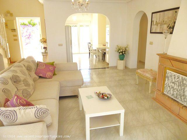 ea_playa_flamenca_beachside_villa_15jpg_1399571251