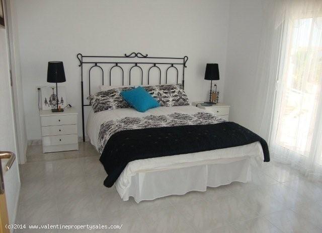 ea_playa_flamenca_beachside_villa_18_139957091817