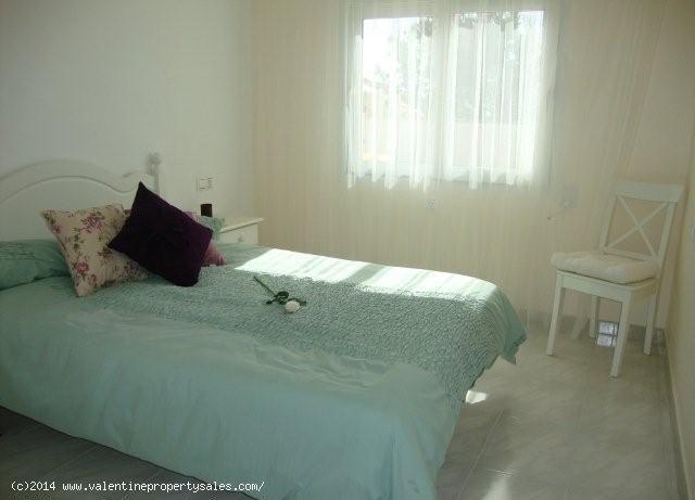 ea_playa_flamenca_beachside_villa_20_139957091715