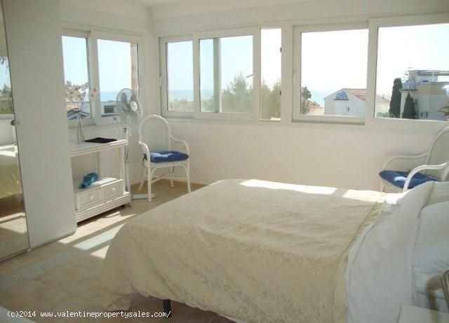 ea_playa_flamenca_beachside_villa_21_139957091714