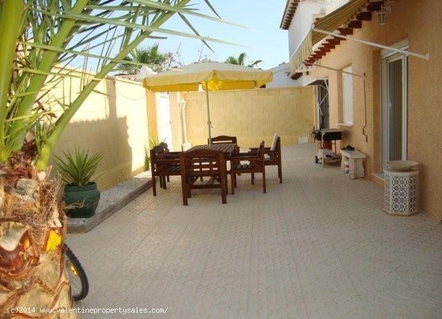 ea_playa_flamenca_beachside_villa_28_13995709168