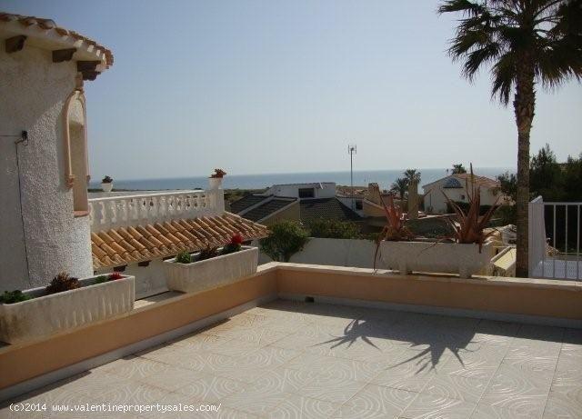 ea_playa_flamenca_beachside_villa_33_13995709154