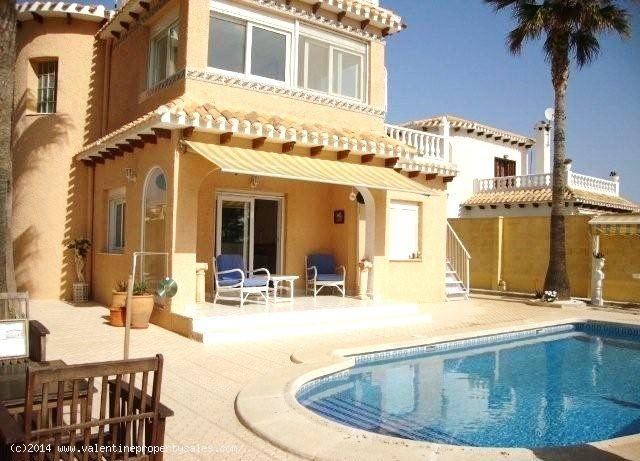 ea_playa_flamenca_beachside_villa_4_139957125312