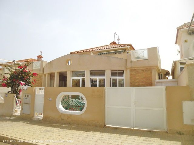 ea_playa_flamenca_bungalow_for_sale_16jpg_14714241
