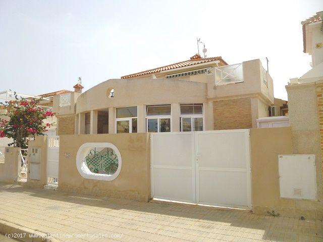 ea_playa_flamenca_bungalow_for_sale_1jpg_149207603