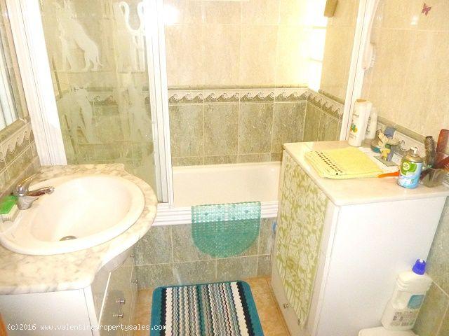 ea_playa_flamenca_bungalow_for_sale_9jpg_147142411