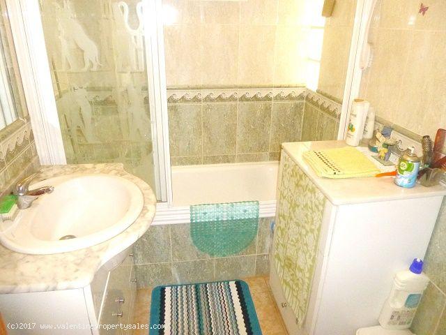 ea_playa_flamenca_bungalow_for_sale_9jpg_149207603