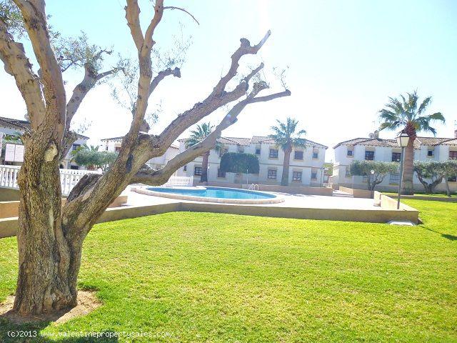 ea_pool_area_el_mirador_2jpg_13637787572