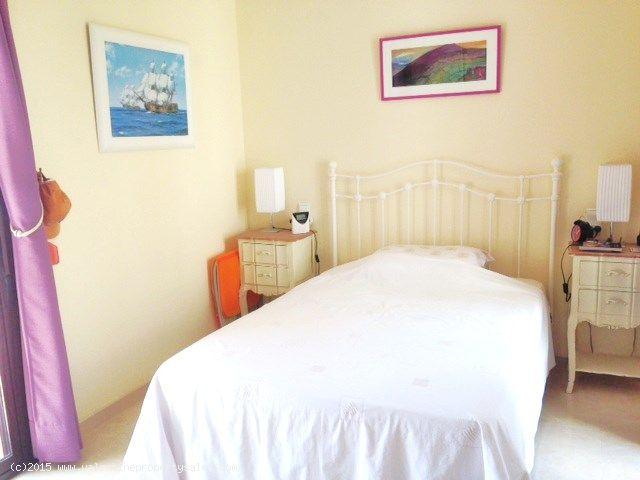 ea_royal_park_spa_exclusive_apartment_for_sale_11j