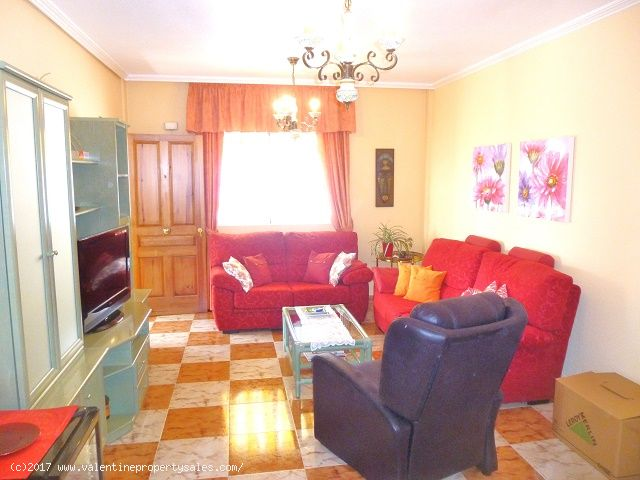 ea_south_facing_marbella_bungalow_for_sale_12jpg_1