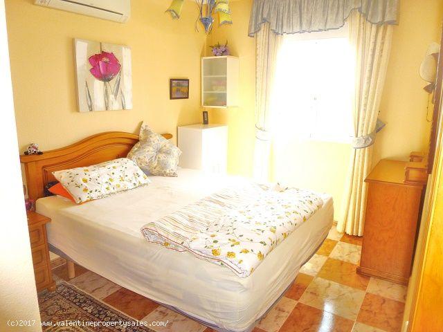 ea_south_facing_marbella_bungalow_for_sale_18jpg_1