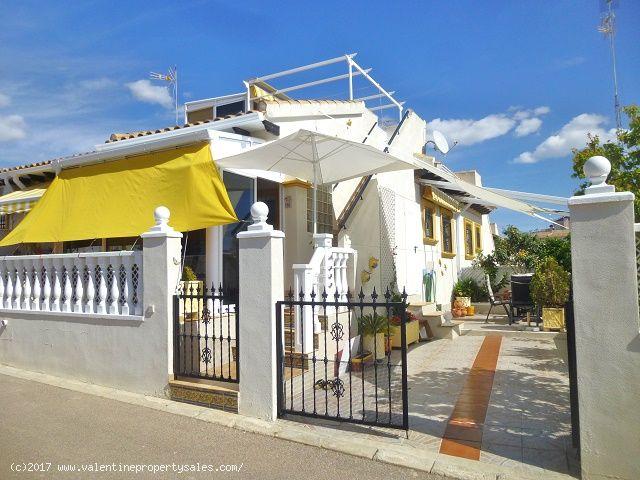 ea_south_facing_marbella_bungalow_for_sale_3jpg_14