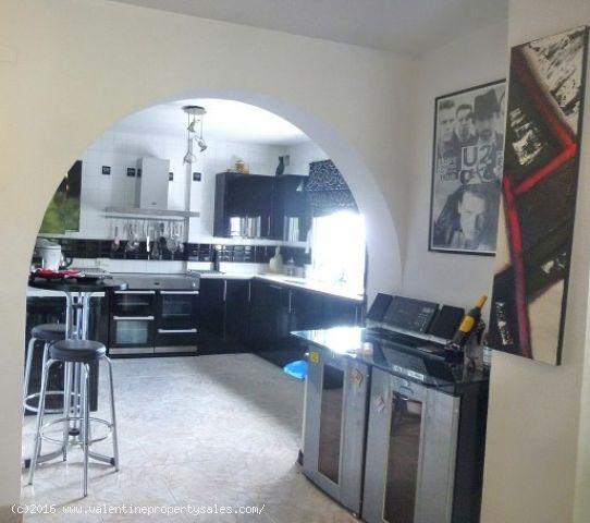 ea_villamartin_plaza_duplex_apartment_for_sale_5jp