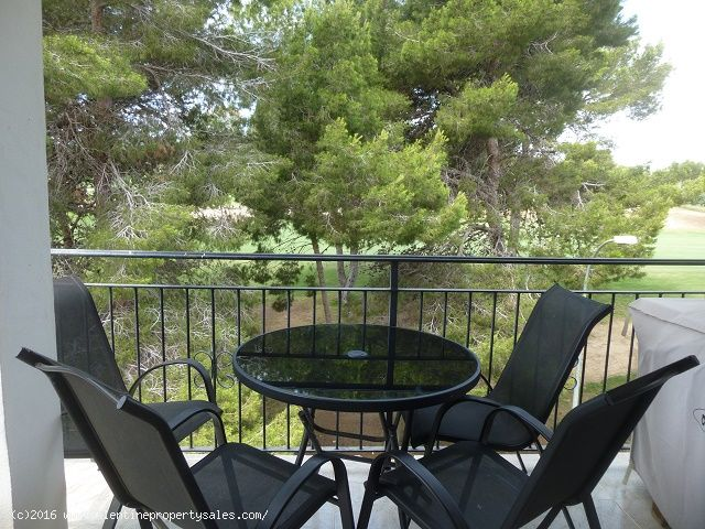 ea_villamartin_plaza_duplex_apartment_for_sale_8jp