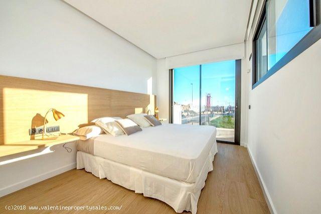 ea_villas_paula_new_build_lomas_de_cabo_roig_23_15